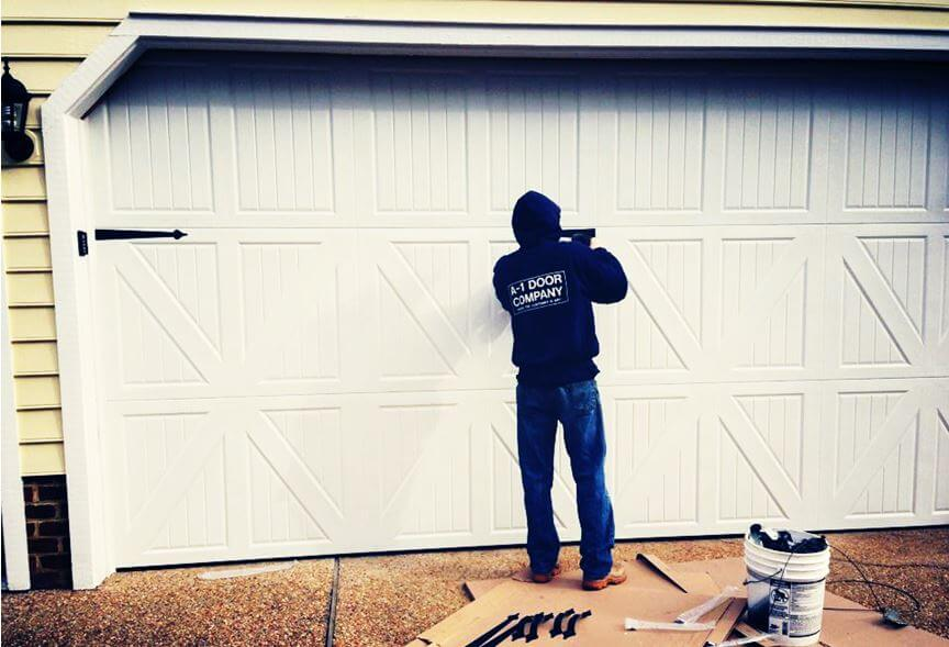 Do Your Garage Door Hinges Need to be Replaced?